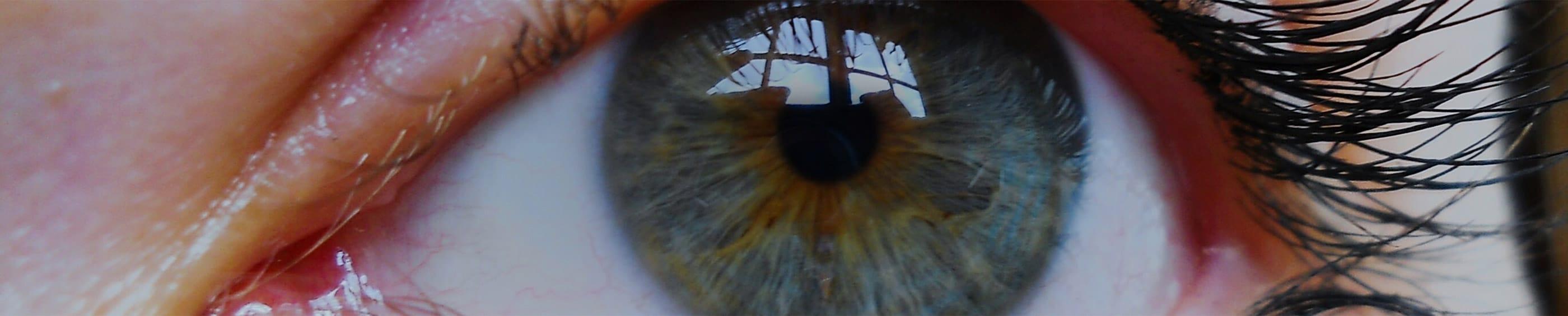 """""""Closeup"""" de ojo de una mujer"""